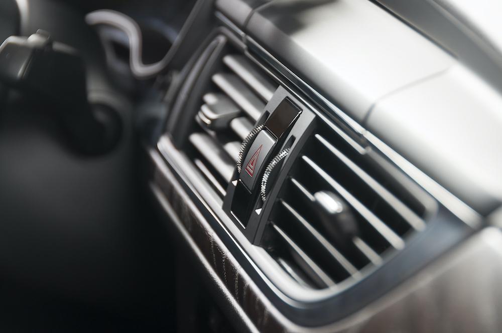 car air conditioner deck